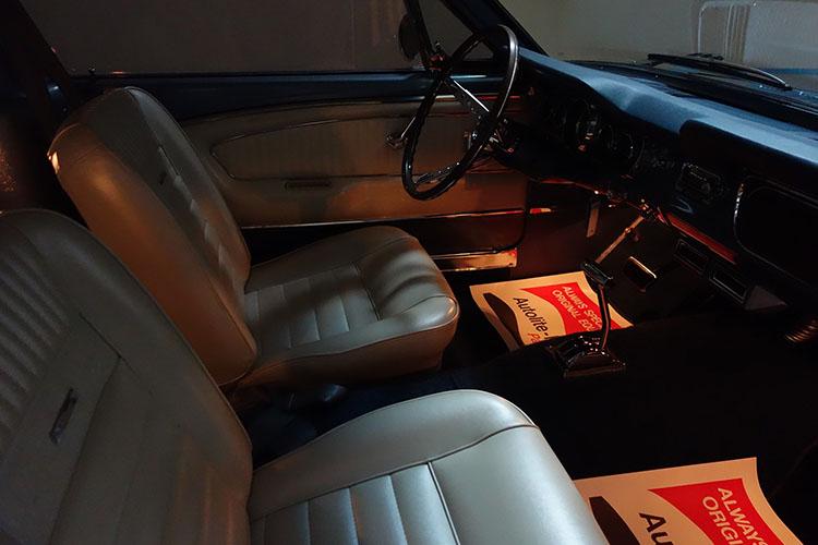 /1965-mustang-fastback-gray