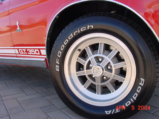 /1968-red-shelby-GT-350-supercharged