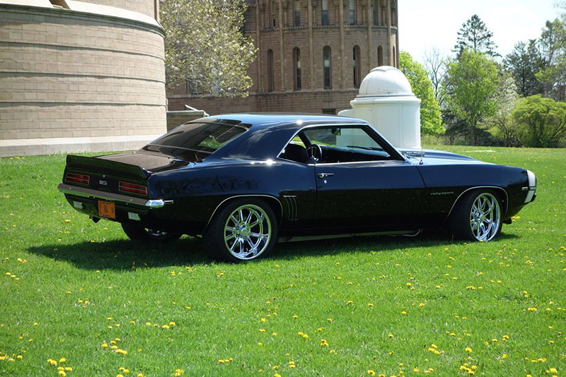 /1969-camaro-rs-396-resto-mod